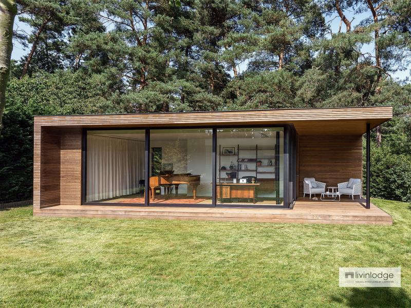 modern tuinkantoor met overdekt terras te Bonheiden | Houten bijgebouwen op maat