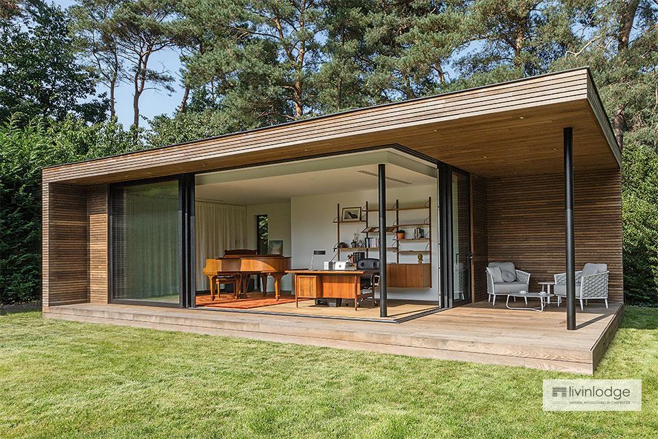 Trendy Gartenbüro mit überdachter Terrasse in Bonheiden