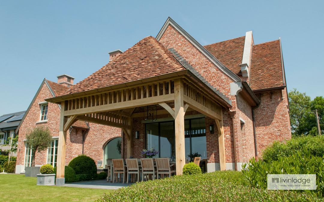 Terrassenüberdachung in Landhausstil
